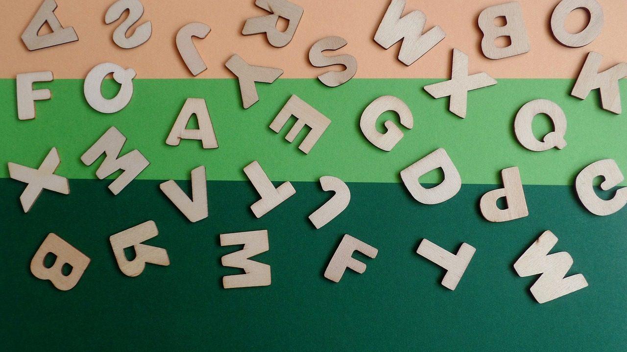 Letras sueltas como para hacer juegos de palabras