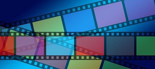 Celuloide con fotogramas de diferentes colores para simbolizar la diversidad de una coproducción internacional